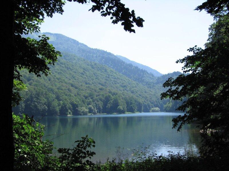 Биоградско озеро