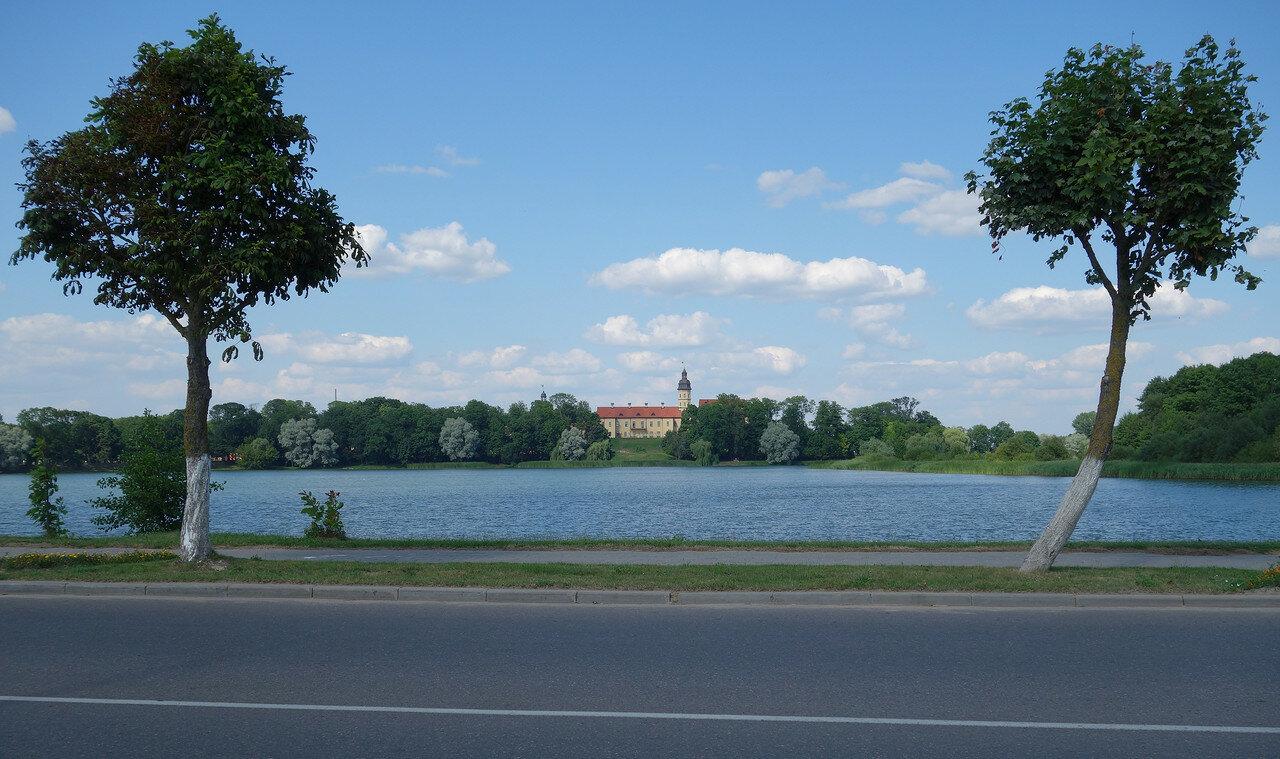 Замковый пруд