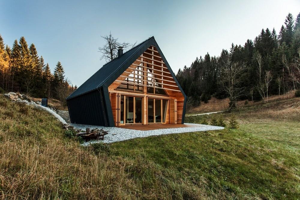 Деревянный домик в Словении