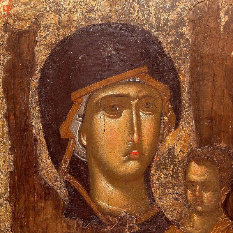 Пресвятая Богородица с Младенцем. Фрагмент византийской иконы XIV века. Монастырь Ватопед на Святой Горе Афон.