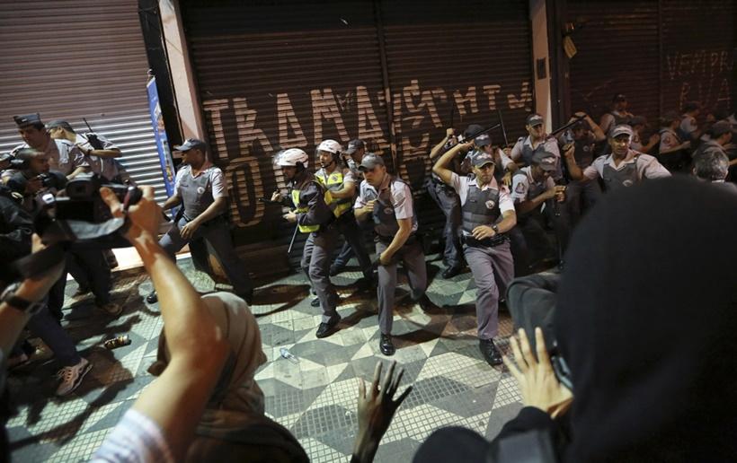 Полный фокус. Лучшие фотографии Reuters за неделю 0 1417b8 230f6222 orig
