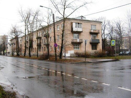 ул. Лётчика Пилютова 14