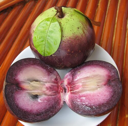 glaegor — «Фрукты. Кто знает как называется этот фрукт? Местные называют его молоком.» на Яндекс.Фотках