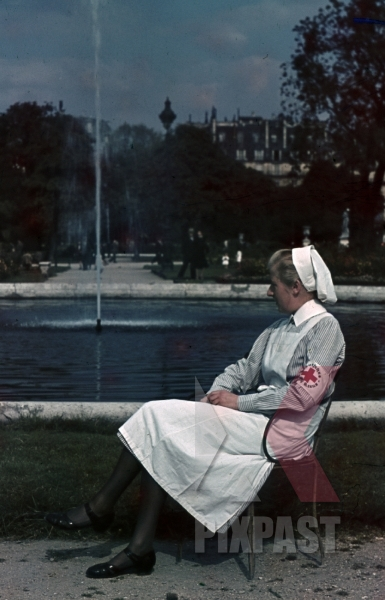 stock-photo-paris-france-drk-1940-german-red-cross-nurse-fountain-arm-band-8302.jpg