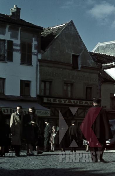 stock-photo-rue-du-mont-cenis-in-montmartreparis-france-1940-8305.jpg