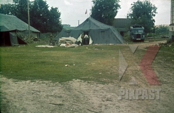 stock-photo-whrmacht-field-hospital-truck-bus-france-1940-8791.jpg