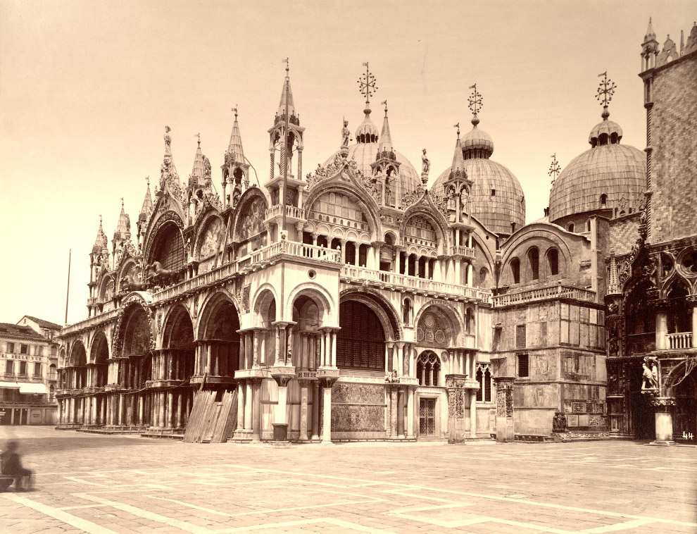31. Базилика Святого Марка и Дворец Дожей.
