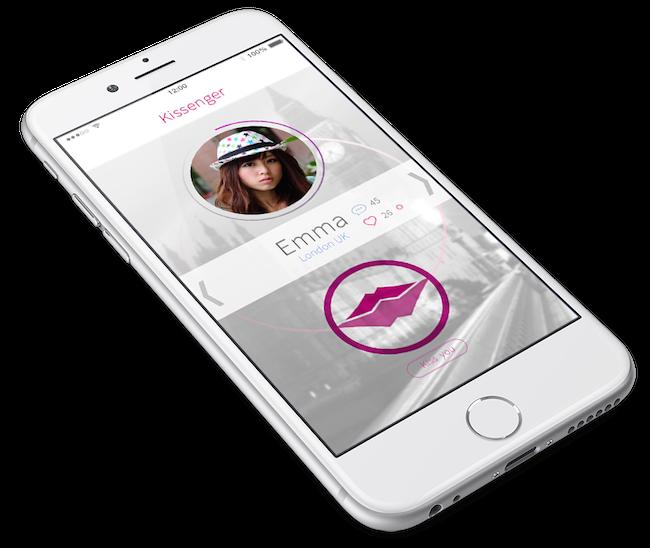 В комплекте с гаджетом, ясное дело, идет и мобильное приложение. Со встроенным чатом. Так что вместе