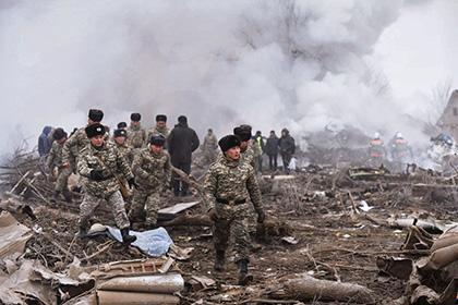 Появились первые кадры сместа падения «Боинга» надома вКиргизии