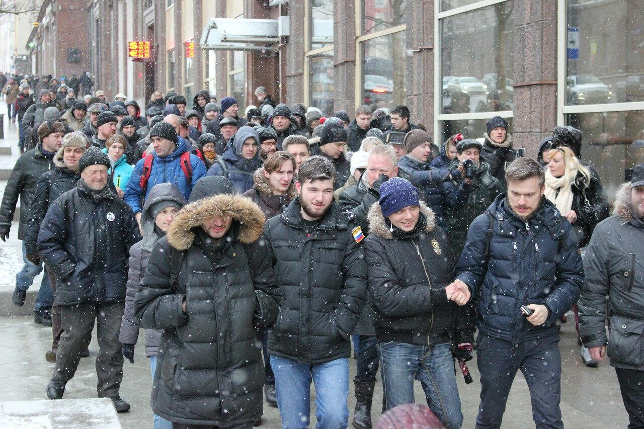 Очередная прогулка оппозиции на Кремль (ФОТО+ВИДЕО)