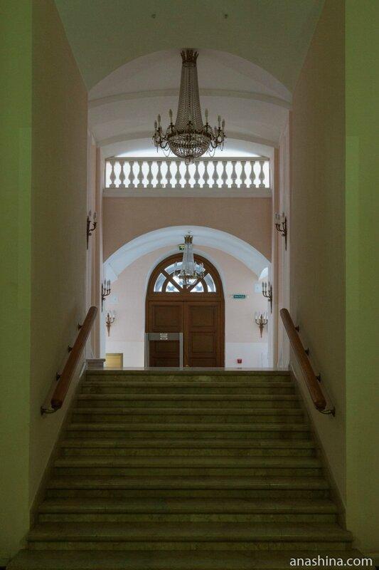 Лестница, дом Пашкова