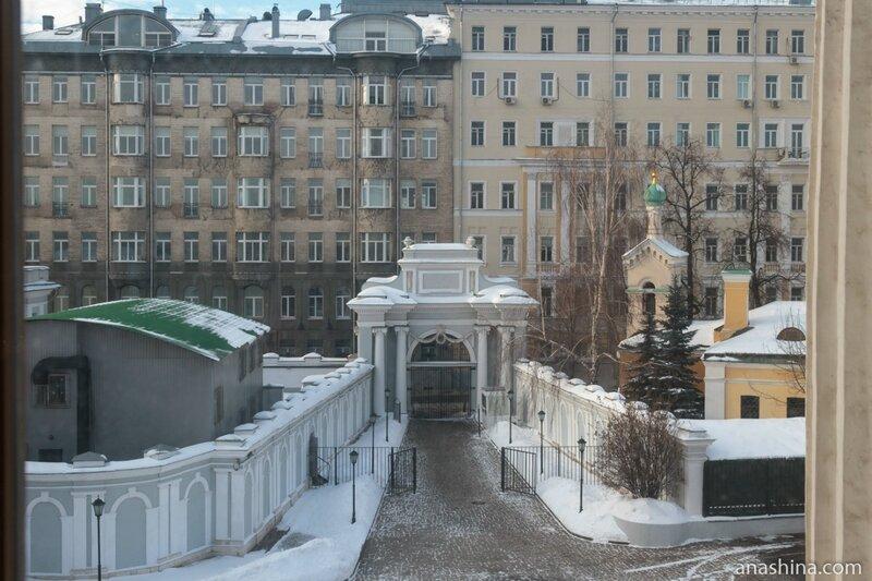 Въездные ворота, Пашков дом