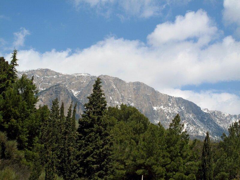 Апрельский снег на Ай-Петри
