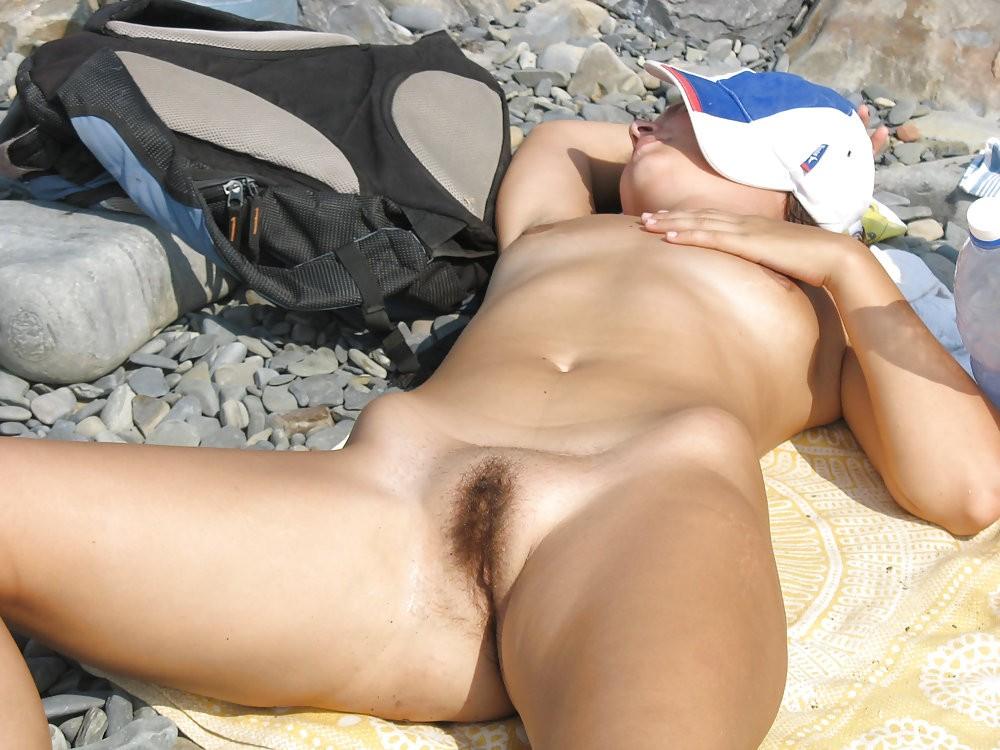 Mature women masterbating pussy