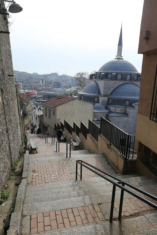 Стамбул, Ускюдар. Улицы Султантепе (Sultantepe)