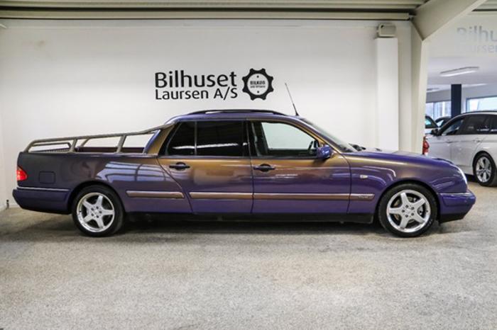 Автомобиль был построен ателье Binz на базе универсала E280 1999 года выпуска в максимальной комплек