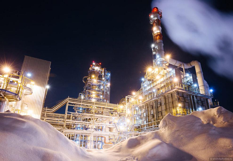 11. Якорным инвестиционным проектом города является создание нефтеперерабатывающего комплекса,