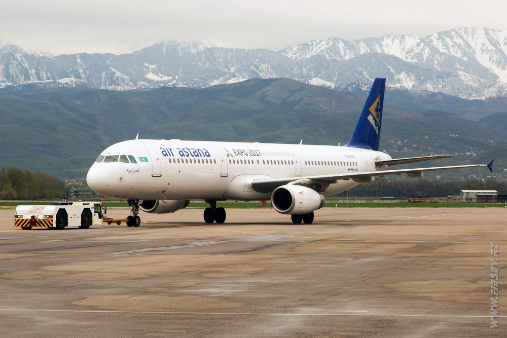 A-321_P4-KDA_Air_Astana.JPG