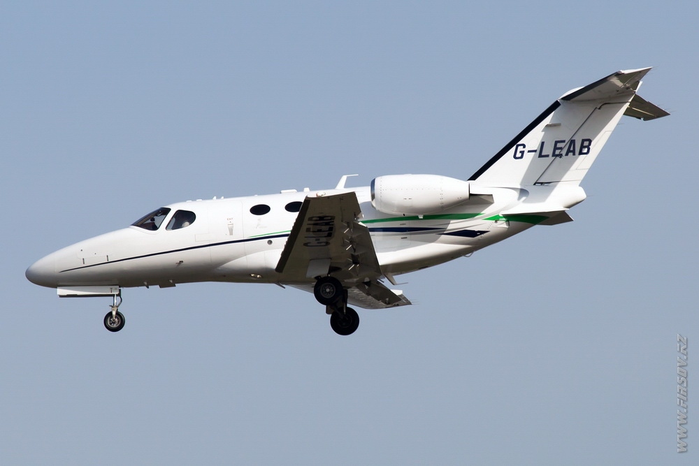 Cessna_510_Citationa_Mustang_G-LEAB_London_Exective_Aviation_1_FRA.JPG