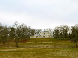 Вид на дворец Коттедж.