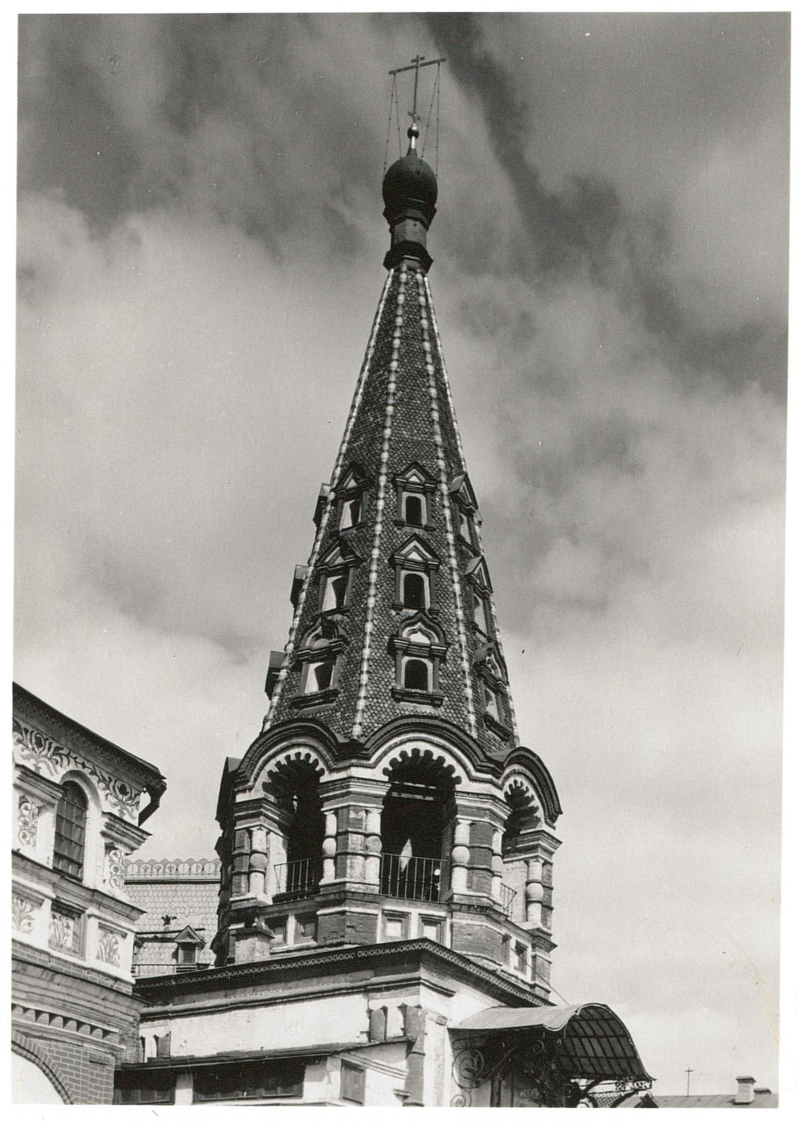 Собор Василия Блаженного. Колокольня, верхняя часть