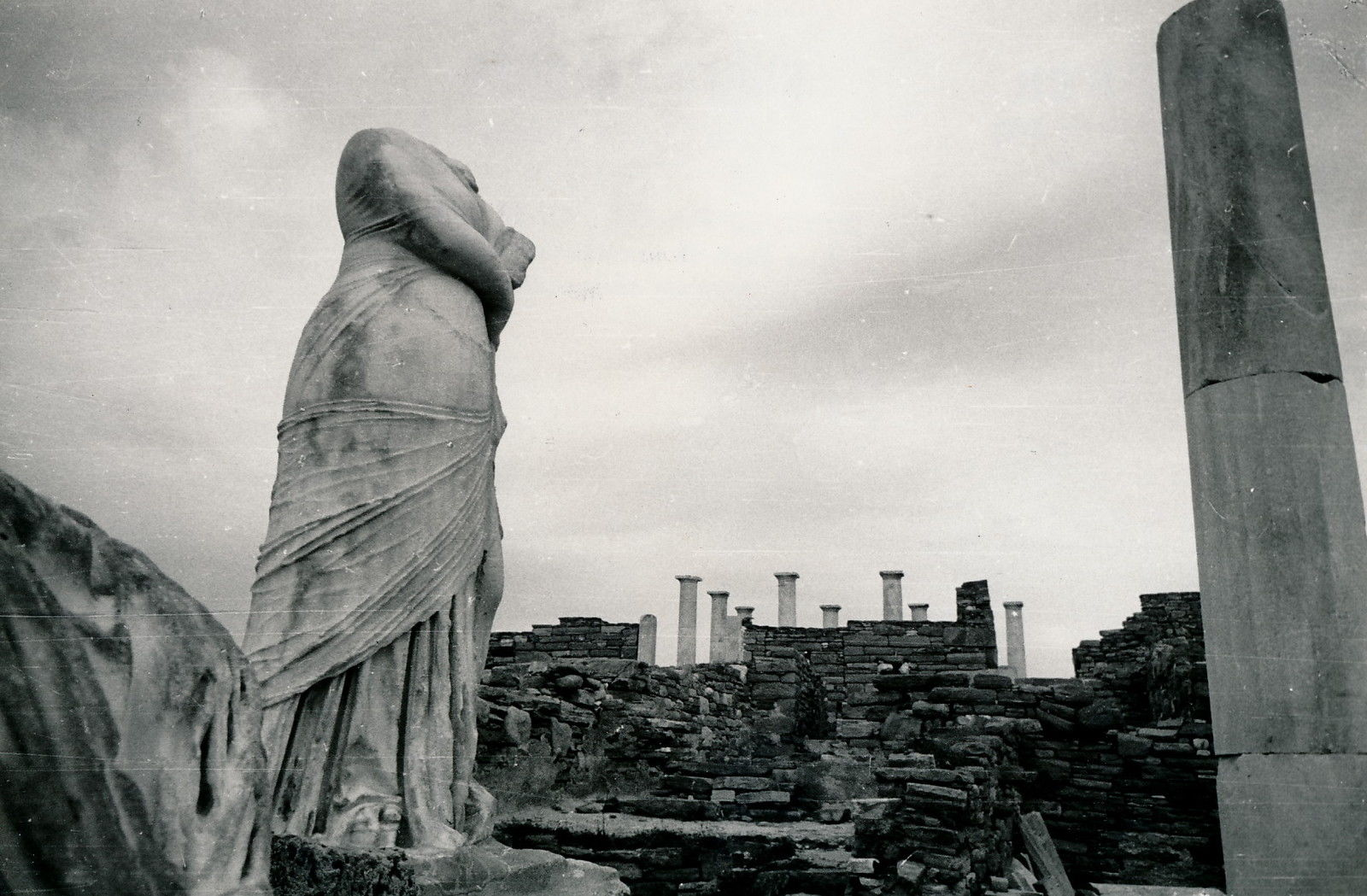 1938. Делос. Руины