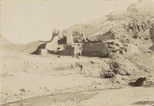 11. Развалины старинной Бухарской крепости Сарвадан