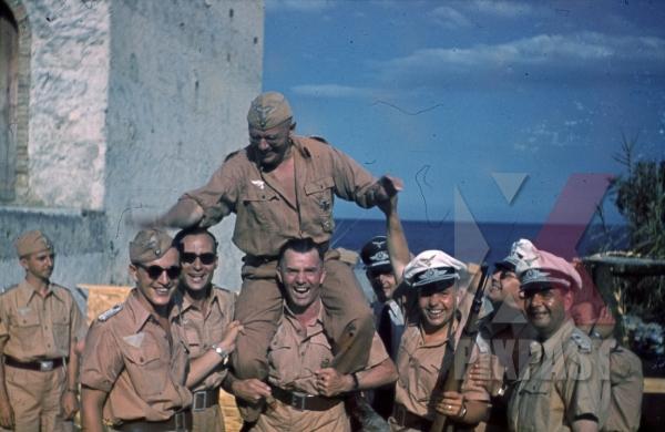 stock-photo-ww2-color-luftwaffe-field-division-2nd-lufllotte-tropical-luftwaffe-sicily-1943-kar98-trainning-sun-glasses-8507.jpg