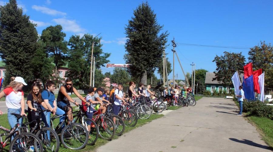 День освобождения Жиздры от фашистских захватчиков отметили велопробегом
