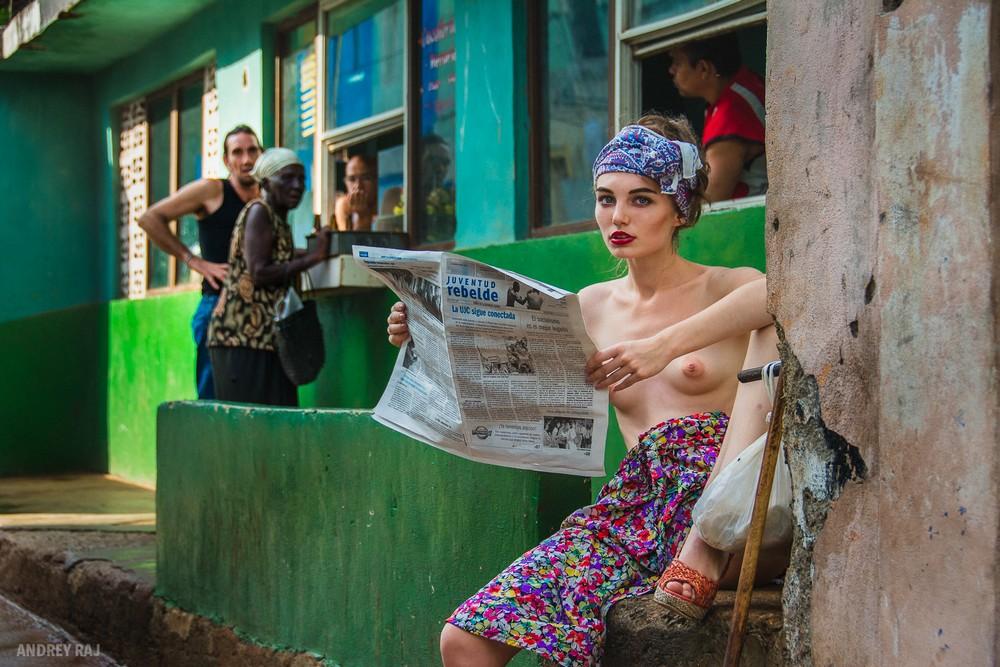 Обнаженные девушки на снимках Андрея Раджа