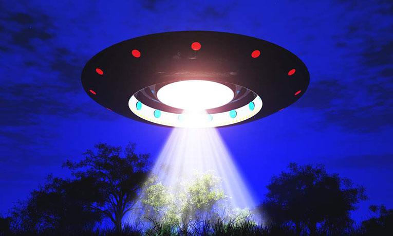 Открытки с Всемирным днём НЛО. День Уфолога. Корабль