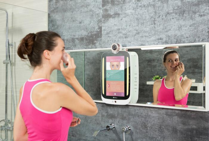 Интеллектуальное зеркало HiMirror Plus. Новая разработка от HiMirror – это не просто зеркало, а наст