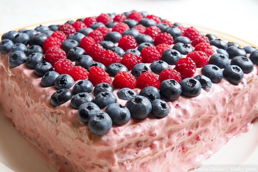 Домашний торт с малиной