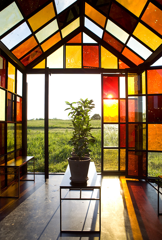 William Lamson, Solarium, 2012. Steel, glass, sugar, plants. 10′ 10″ x 8′ 11&#8243