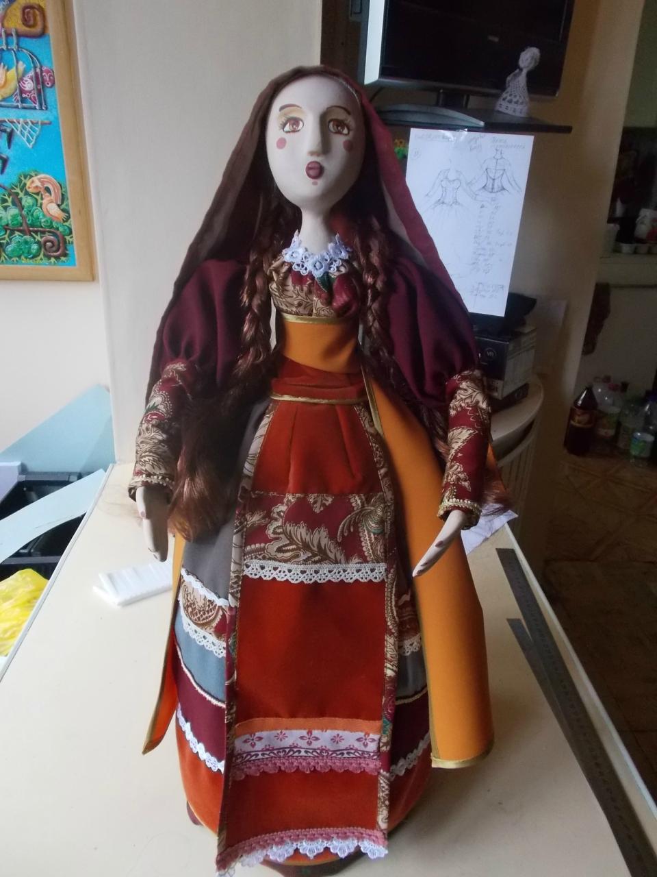 кукла скромная
