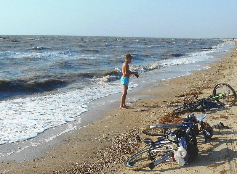 Волнение на Ясенское косе, вода хороша для купания ... DSCN4070 - 01.JPG