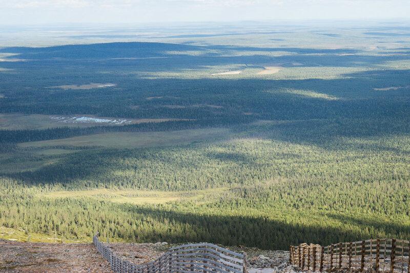 вид с горы Юлляс (Ylläs) летом
