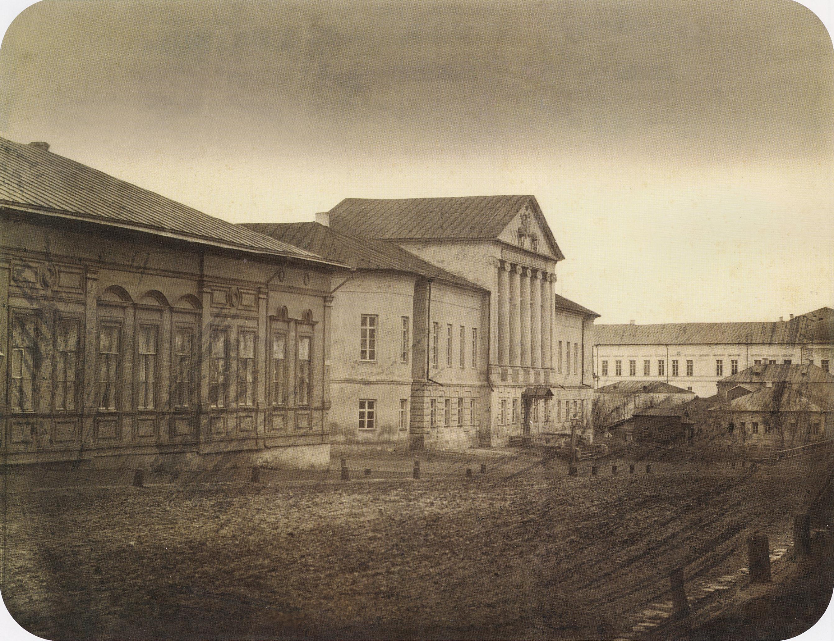 Астраханская улица. Здание Губернской гимнази