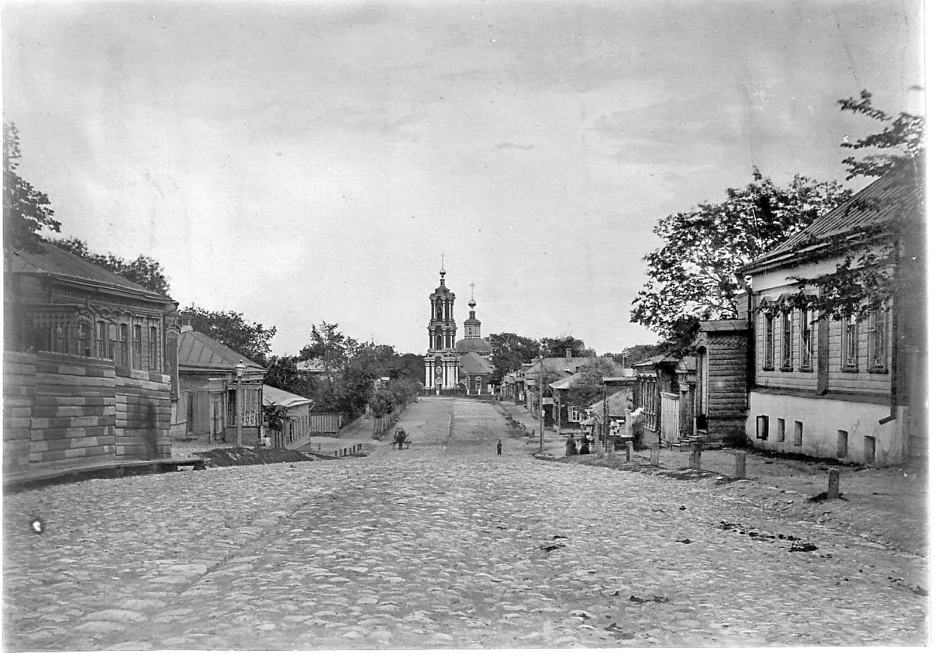 Владимирская улица и Воскресенская церковь