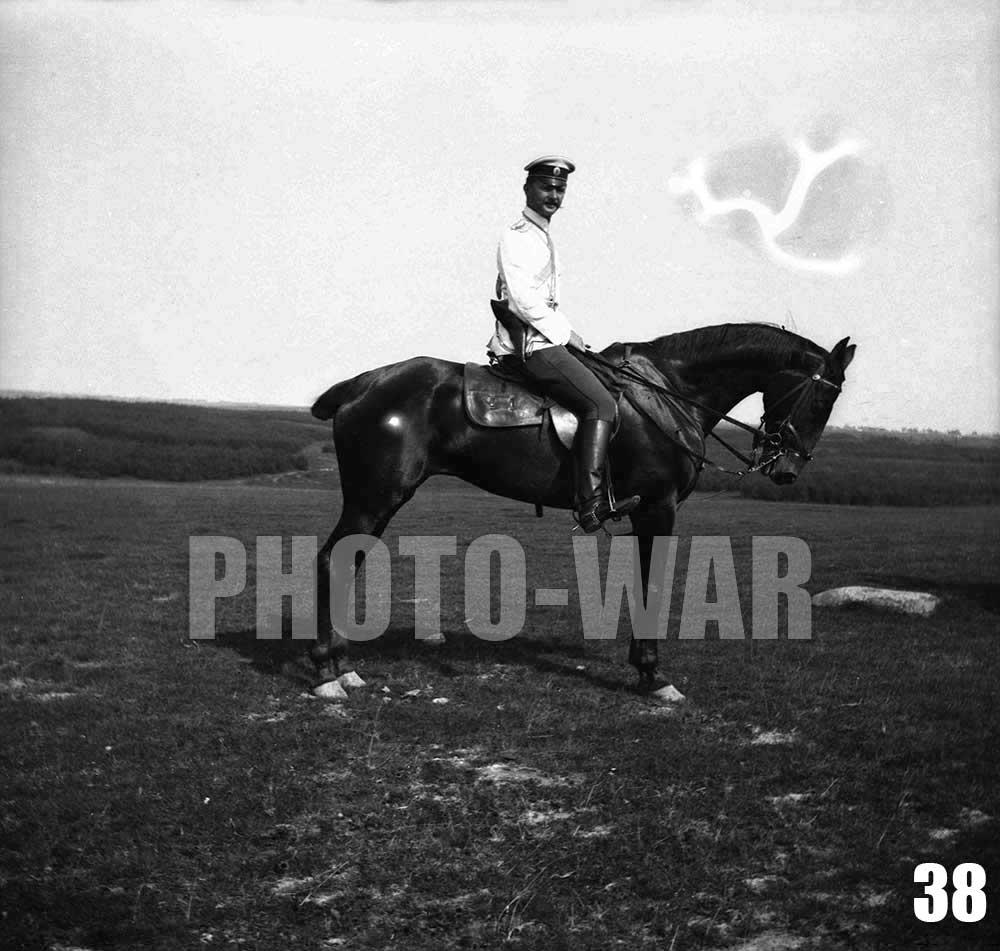 38. Офицер из состава одного из кавалерийских полков, принимающего участие в сборах