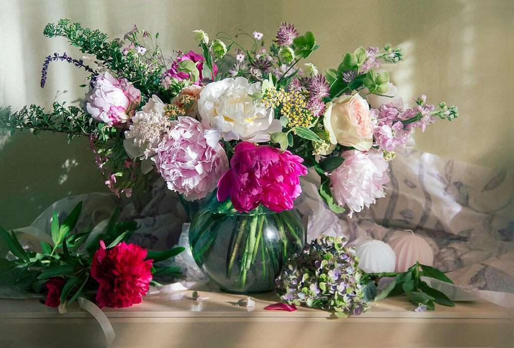 Все цветы в букет
