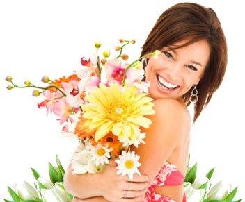 Открытки. День красоты. Смеющаяся красивая девушка открытки фото рисунки картинки поздравления