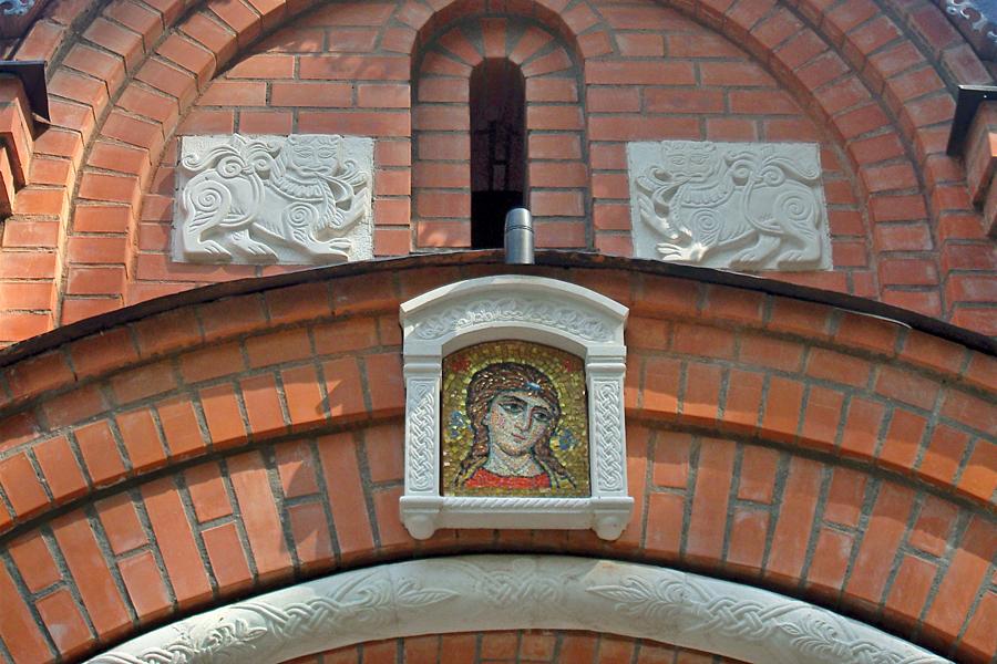 Декор на святых вратах