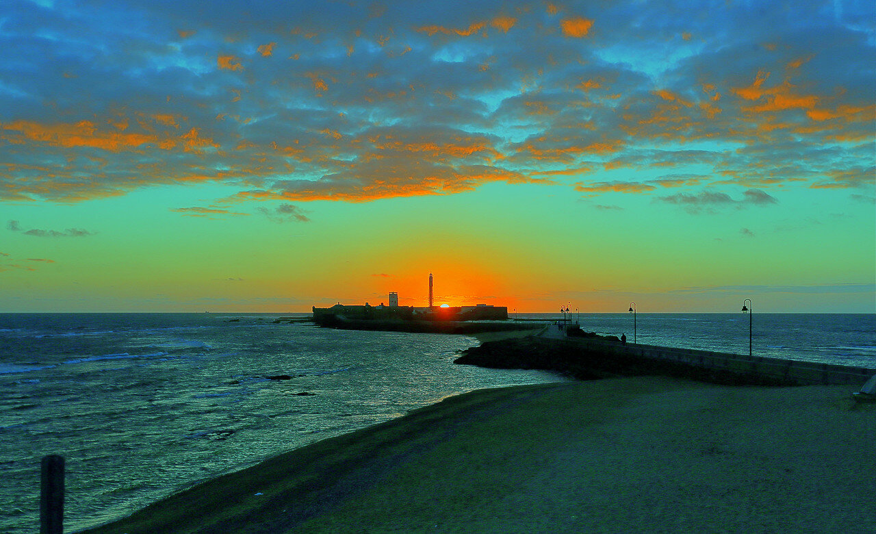 Sunset in Cadiz, HDR