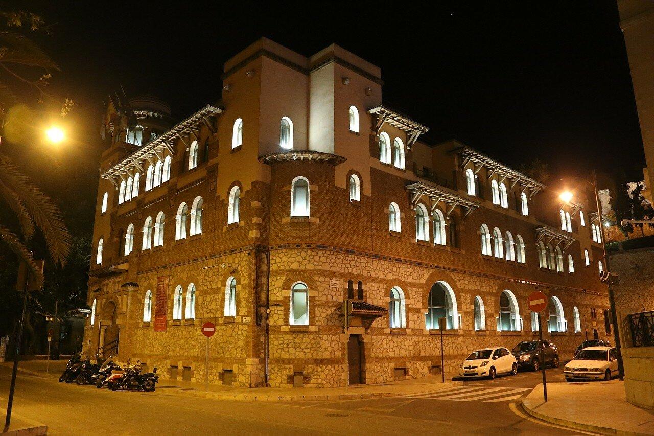 Ночная Малага. Дом почты и телеграфа