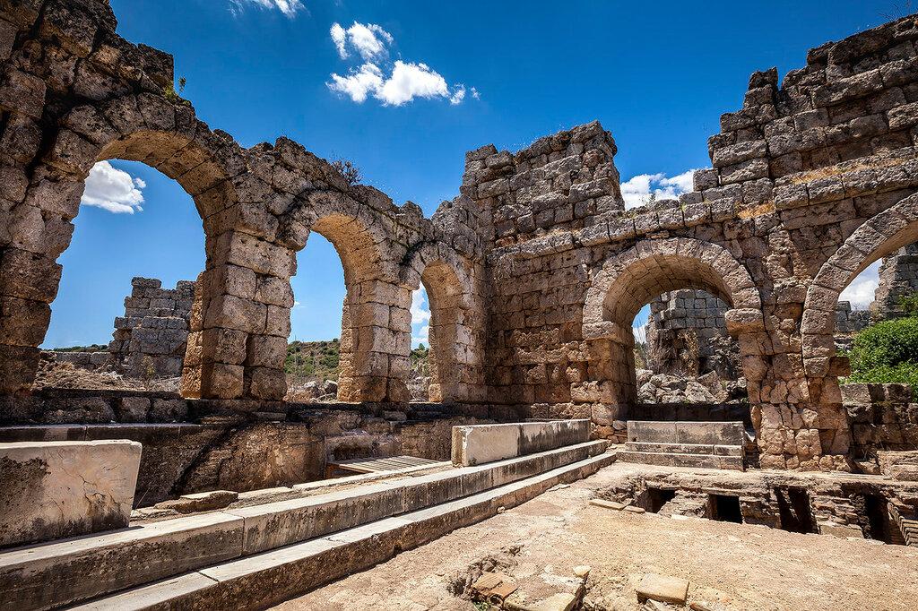 Среди римских развалин...