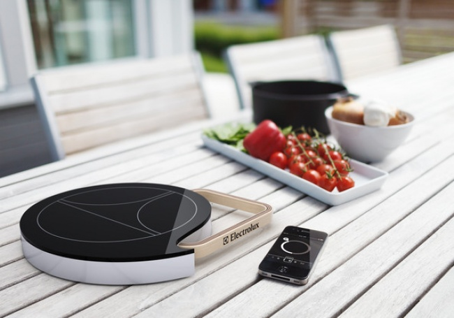 © Electrolux  Вытолько проснулись ижелаете, чтобы плита начала готовить завтрак? Тогда дайте