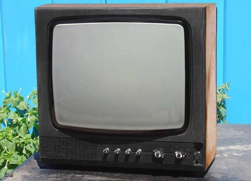 15. Одним из лучших украинских заводов, которые занимались выпуском телевизоров, считался концерн «В