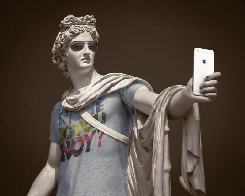 Аполлон в Ray Ban: вторая часть нашумевшей серии одетых скульптур (14 фото)