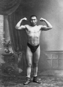 Портреты участника чемпионата Мухануры